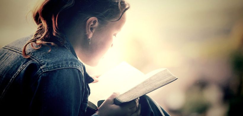 zachem chitat bibliju 820x393 - Зачем читать Библию самостоятельно?